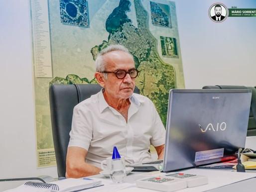 Cícero Lucena discute vacinação de professores em reunião da Frente Nacional de Prefeitos