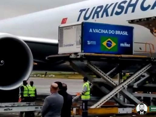 Matéria-prima para mais 5 milhões de doses da CoronaVac chega ao Brasil