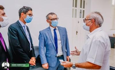 Cícero Lucena recebe visita do cônsul da França e dialoga sobre futuras parcerias