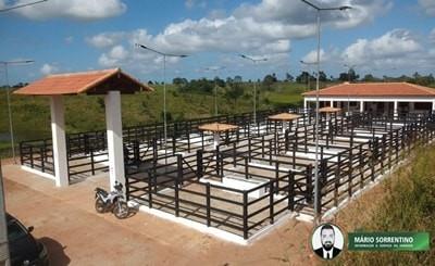 Governo da Paraíba inaugura Feira de Gado e nova escola em Itapororoca
