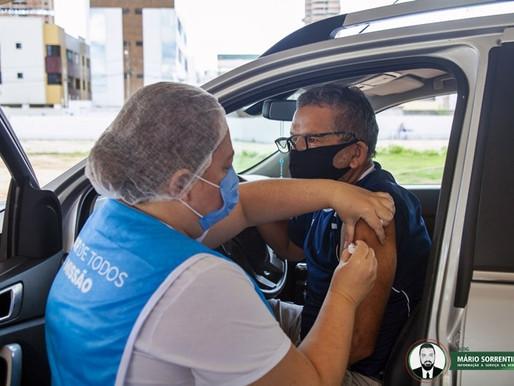 Prefeitura convoca população para 2ª dose da vacina e segue imunizando pessoas com autismo ou sín...