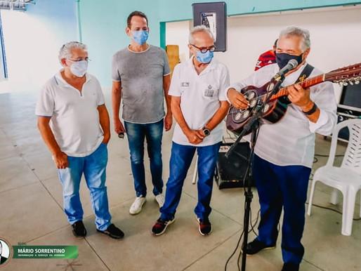 Cícero Lucena visita postos de vacinação e anuncia atendimento noturno para agilizar segunda dose