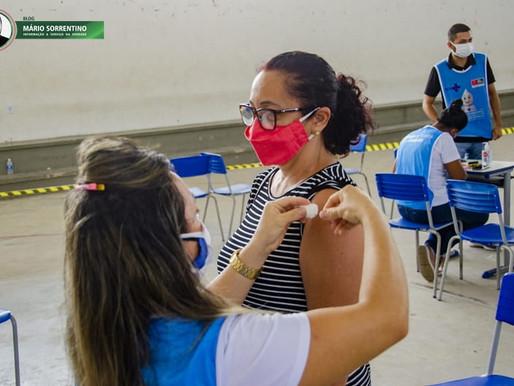 Prefeitura de João Pessoa concentra na aplicação da segunda dose da vacina Coronavac neste sábado