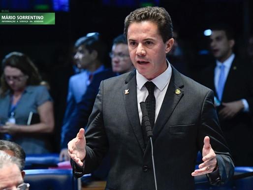 Veneziano Vital repudia atitude de Bolsonaro convocando população para ato contra a democracia