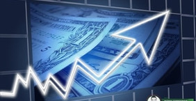 Ibovespa cai forte e dólar dispara após governo federal revelar como vai financiar Renda Cidadã