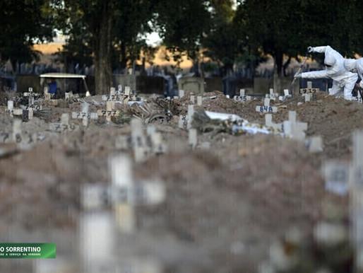 Brasil supera 4.000 mortes por covid em 24h e soma 337,6 mil na pandemia