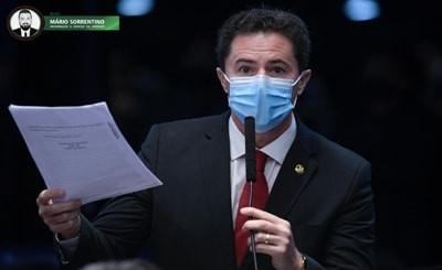 Veneziano critica 4º aumento na gasolina este ano autorizado pela Petrobras e defende reajuste co...