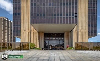 Câmara aprova texto-base de projeto que prevê autonomia do Banco Central