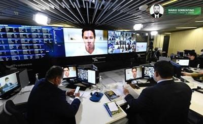 Veneziano mobiliza Senado para incluir Paraíba entre estados beneficiados com verbas e recebe com...