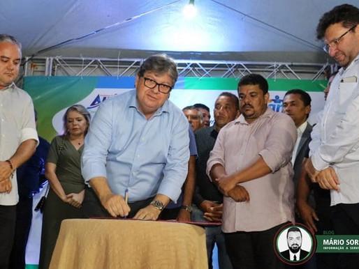 Alhandra: Prefeito Renato Mendes e o governador João Azevêdo inaugura escola em Mata Redonda