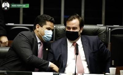 STF já tem 4 votos a favor da reeleição de Alcolumbre e Maia