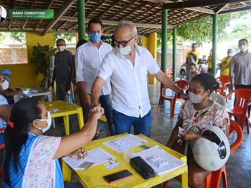 Cícero Lucena acompanha em Paratibe vacinação contra a Covid-19 dos povos quilombolas
