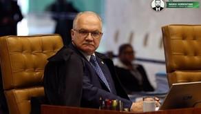 Fachin suspende resolução de Bolsonaro que zerou imposto para importação de armas
