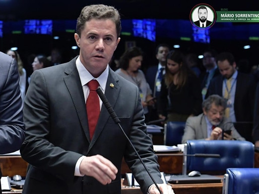 Senado aprova projeto de Veneziano que garante a transparência dos conselhos profissionais para b...