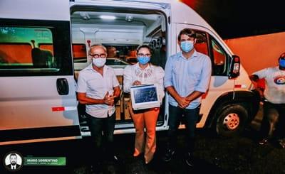 Cícero Lucena acompanha chegada de novos equipamentos para ampliação de leitos de UTI na Capital