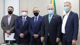 Cícero encontra o ministro da Saúde para garantir mais medicamentos e equipamentos para atender JP