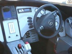 MTI-44-ft-Custom-Mercedes-SLR-2007-07KJM