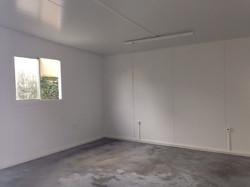 Sala escolar feita com painéis isotérmicos