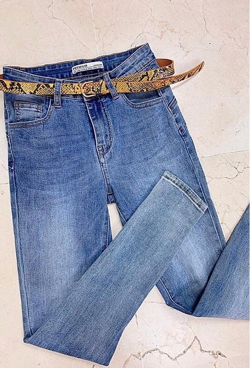 Pantalón vaquero cinturon