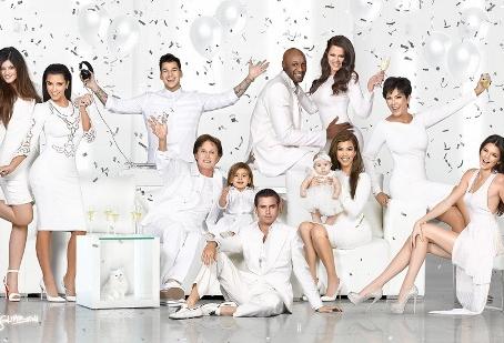 最火紅時尚姐妹花的時裝品牌Kendall&Kylie,你瞭解多少?