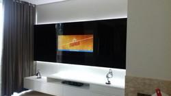 PAINEL DE VIDRO COM TV EMBUTIDA 01 (6)