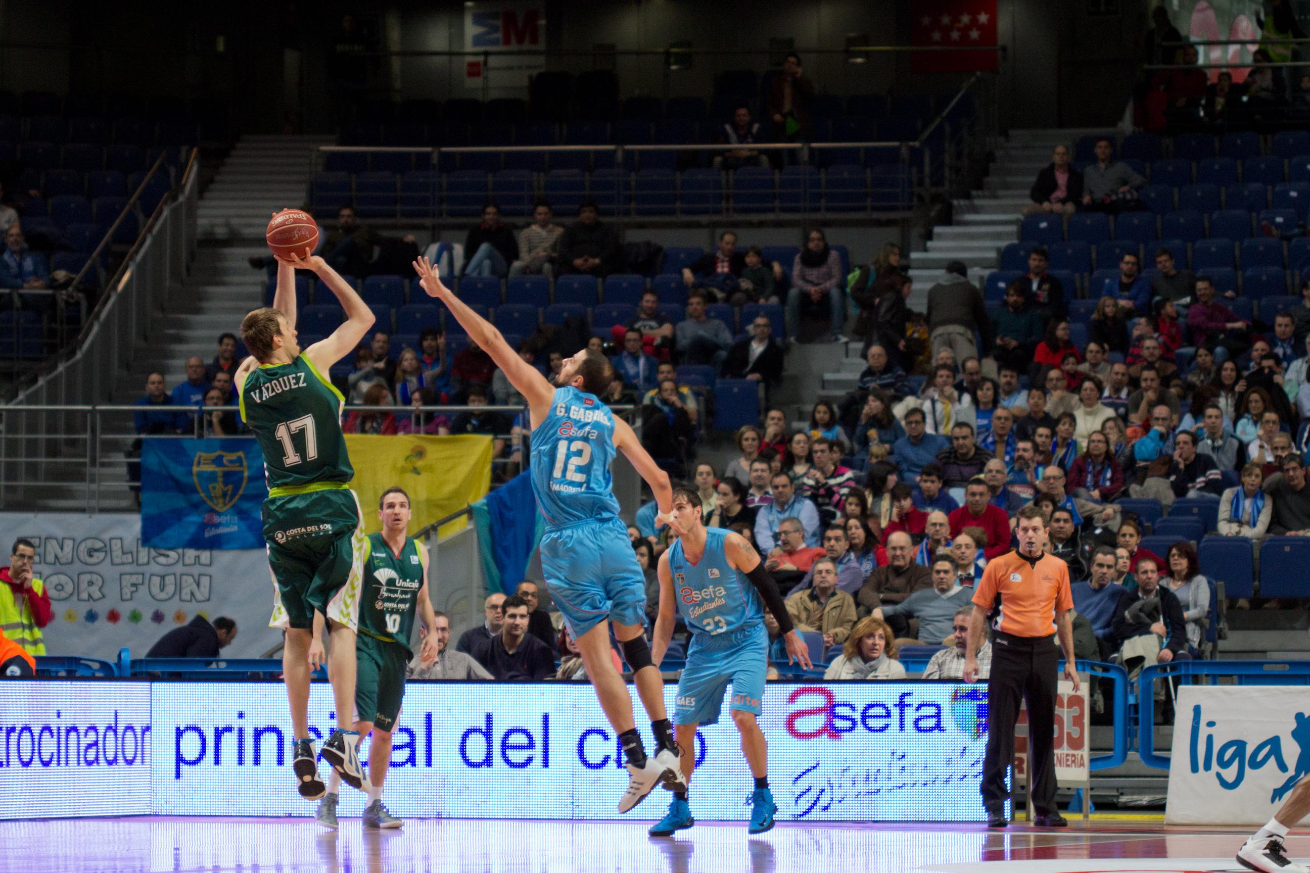 Estudiantes_vs_Unicaja_Málaga_-_Germán_Gabriel_y_Fran_Vázquez_-_02