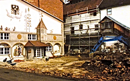 Taferne 1992 Biergarten.png