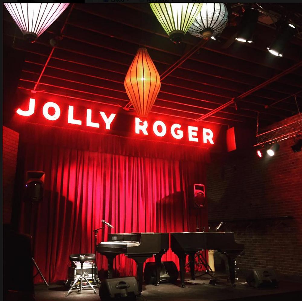 Dueling Pianos Seattle, WA