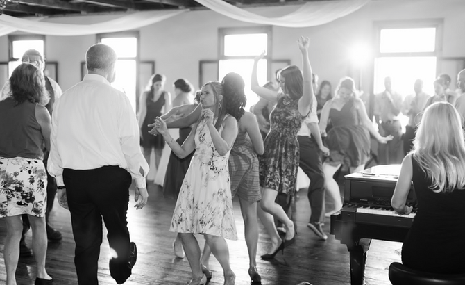 Dueling Pianos Wedding Entertainment