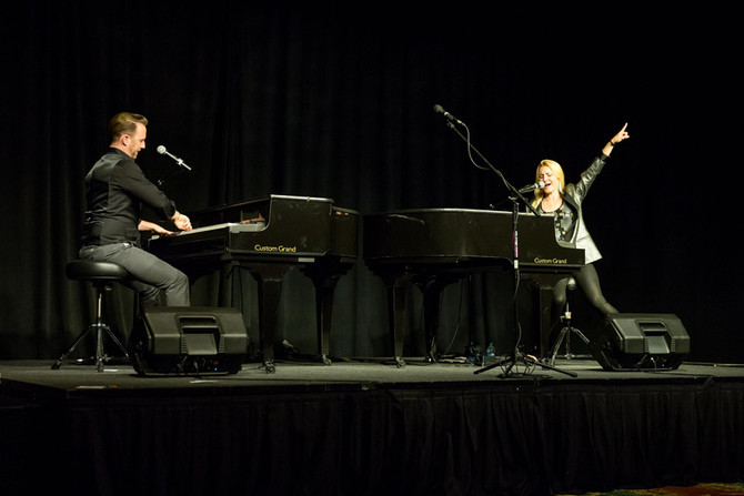 Dueling Pianos in Las Vegas, NV