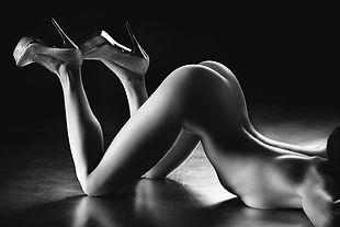 sensual-nude-body-curves-johan-swanepoel