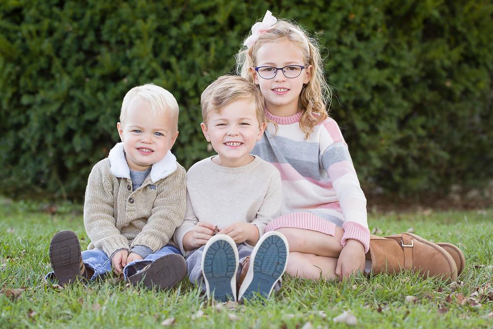 three children family photo