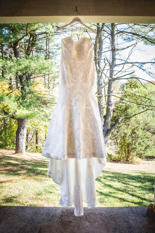 wedding photographer shot checklist wedding dress