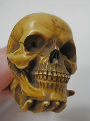Antique%20Meerschaum%20Skull%20Pipe_edit