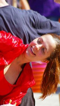 Ona Marco. Bailarina y artista de PerkImBa Cia cursos ritmo y movimiento