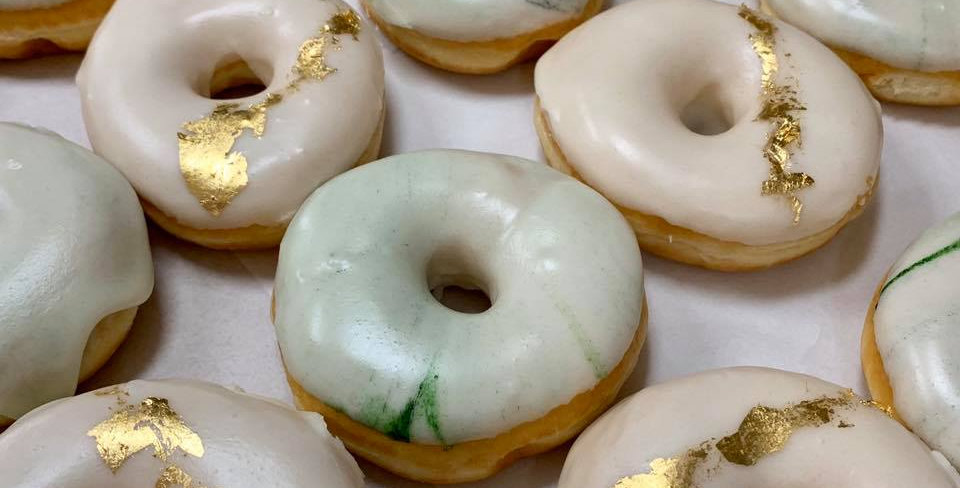 MARBLED RING DOUGHNUTS