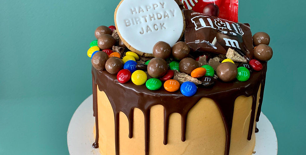 DRIP LOADED COOKIE CAKE