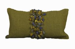 Cojin Verde Pistacho con Pompones Verdes Matizados