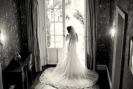 00-Bride _ Door.jpg