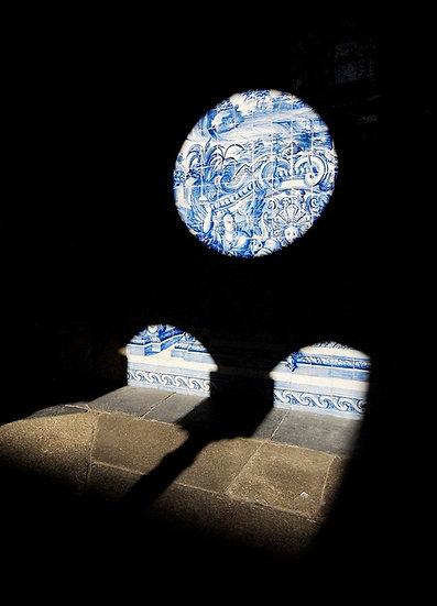 Black mullioned window | Luca Cortese