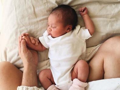 10 faux pas à éviter lorsque tu visites une nouvelle maman à la maison.