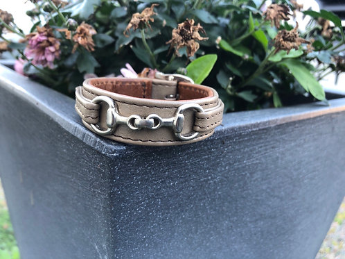 Armband litet Bett olivgrå