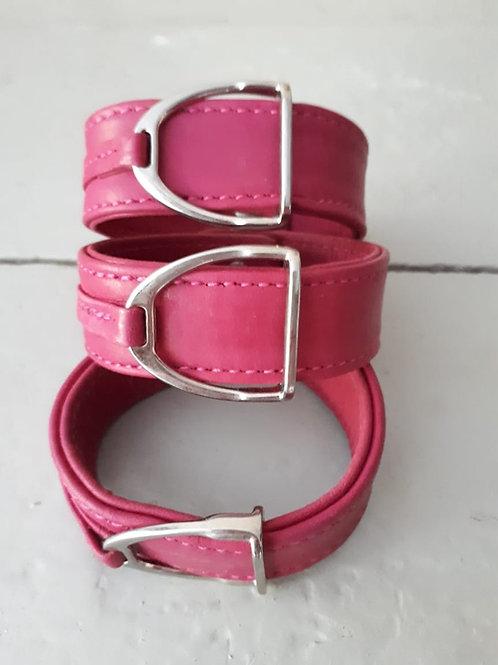 Armband Stigbygel rosa