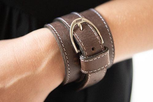 Armband Stigbygel i läder brun