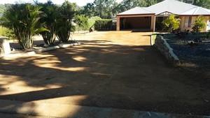 Gravel ferricrete hardstand driveway - Parkerville Perth Hills