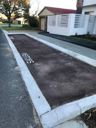 .CaC_300_red_asphalt_hotmix_driveway_par