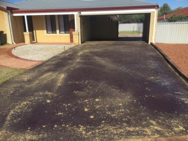 Bitumen driveway resurfacing