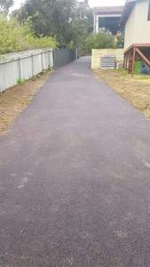 Gooseberry Hill - red gravelpave bitumen driveway