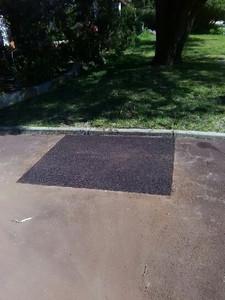 Red Asphalt driveway repair - Como