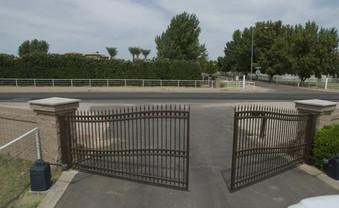 Custom Wave 6-Rail Double Drive Gate and Operator